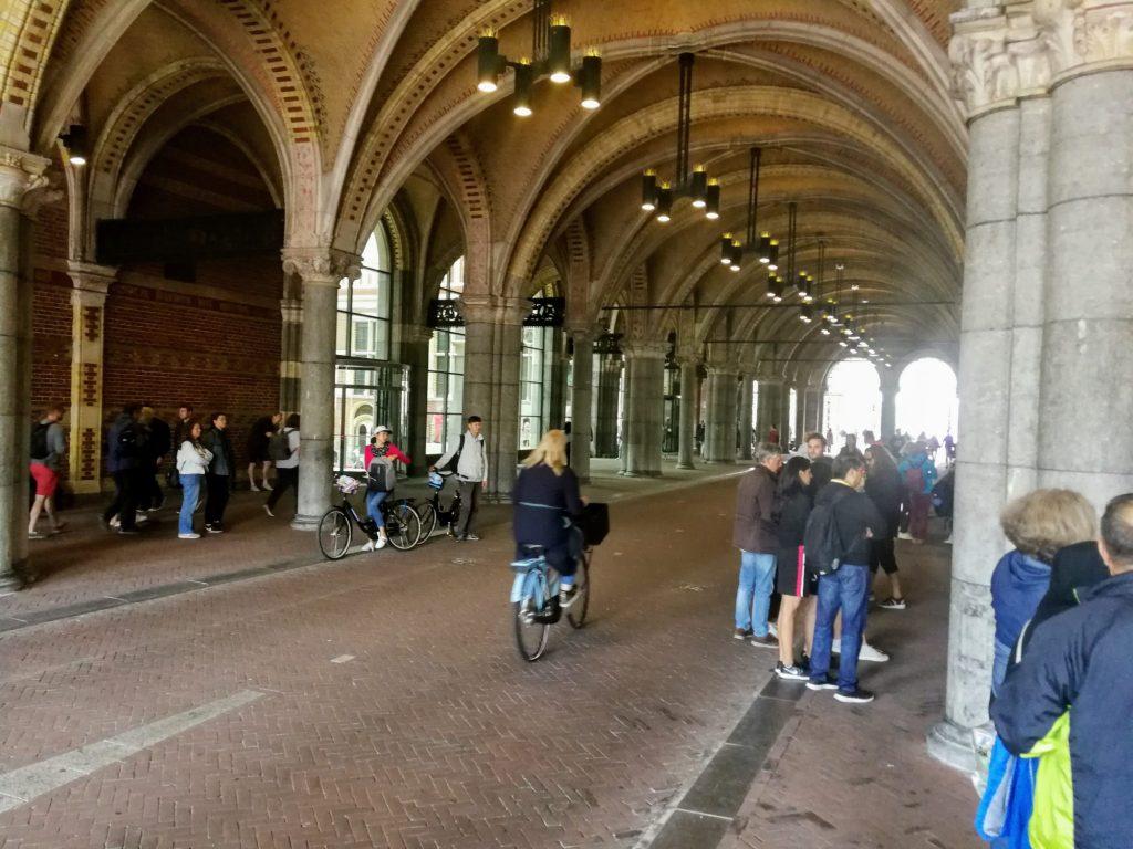 Straße durch das Rijksmuseum
